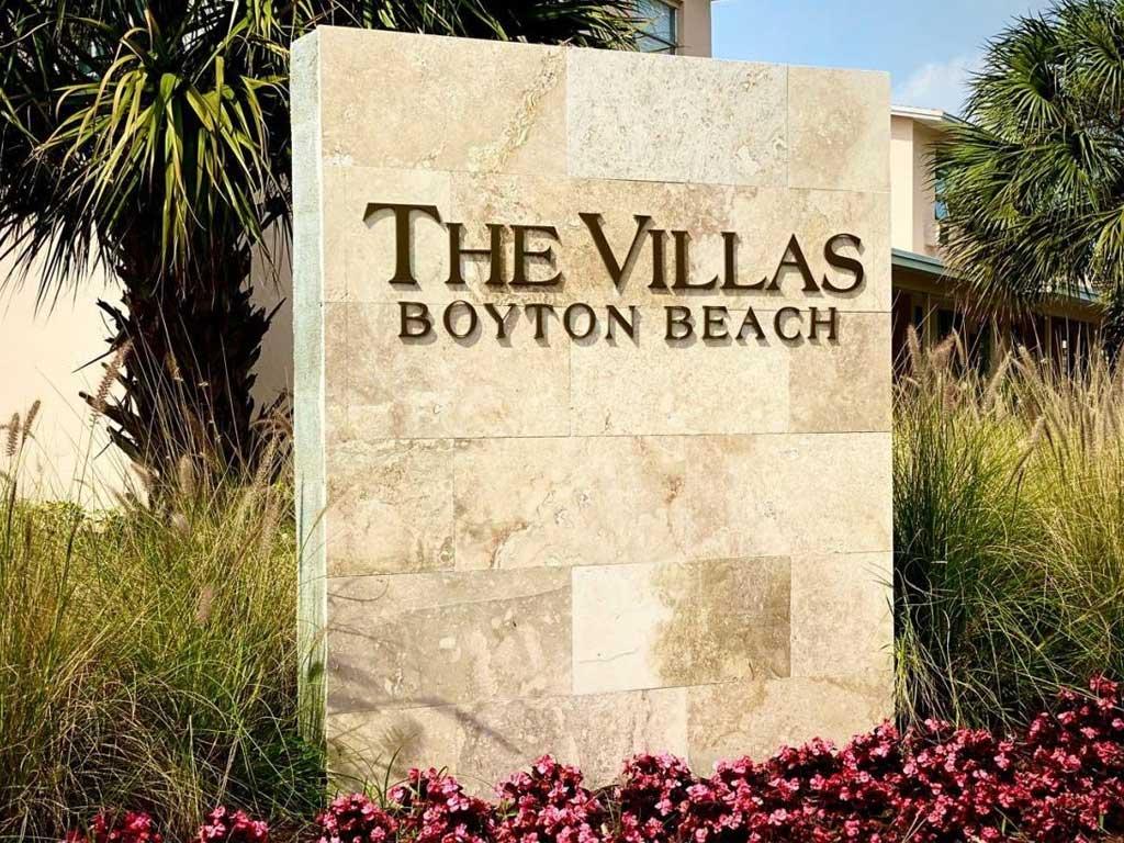 The Villas at Boynton Beach property sign
